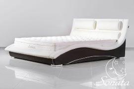 Кожаная двуспальная кровать