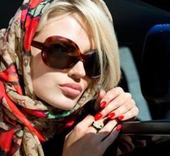 модно ли носить зимой солнцезащитные очки, с чем носить очки от солнца зимой