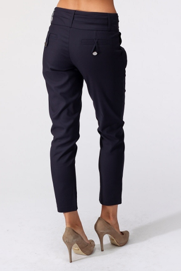 С чем носить укороченные брюки фото