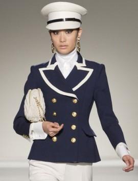 Стиль милитари в модной женской одежде: сезон осень-зима 2011-2012.